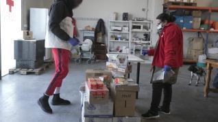 El trabajo de los voluntarios de Cruz Roja se ha intensificado.