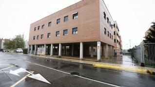 Muere un hombre en un incendio en un piso del barrio Oliver de Zaragoza
