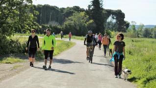 Los caminos del entorno (Salas, Loreto...) han sido los preferidos por los oscenses en este primer día de deporte al aire libre y paseos de mayores.