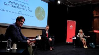 Pedro Duque en el acto de depósito de la medalla de Cajal