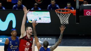 Casademont Zaragoza y San Pablo Burgos disputan el tercer partido de la segunda jornada de la fase final de la Liga ACB