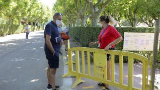 Las piscinas de Huesca abren con dos turnos de baño y tres desinfecciones al día.