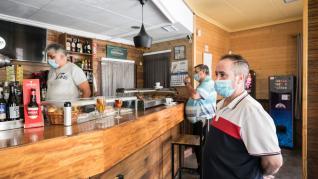 El rebrote ha obligado a cerrar instalaciones municipales y, desde ayer por la tarde, los bares y restaurantes de Sádaba.
