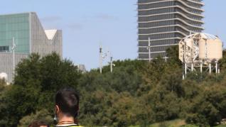 La Policía Nacional continúa con la búsqueda de la persona desaparecida este domingo en la ribera del Ebro en Zaragoza