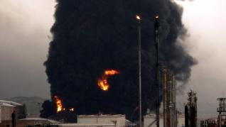Incendio de dos tanques de combustible en Puertollano