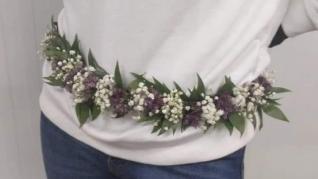 Bisutería y complementos hechos con flores.