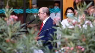 Visita de Javier Lambán y Sira Repollés al Hospital Clínico de Zaragoza