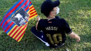 Lionel Messi tells Barcelona he wishes to leave