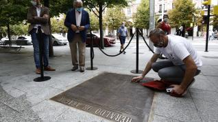 Placa con la primera página de HERALDO en Independencia con motivo de su 125 aniversario