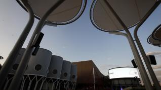 Acto de encendido virtual del complejo La Torre Outlet Zaragoza.