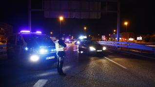 Fuerzas y Cuerpos de Seguridad vigilan el confinamiento de Zaragoza