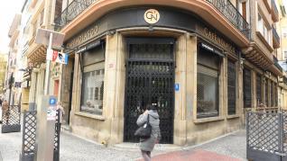 Bares y terrazas de Zaragoza en el primer día de la entrada del nivel de alerta 3 en Aragón