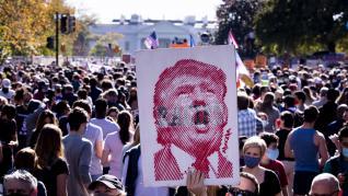 Euforia en las calles de Washington tras la victoria de Biden.