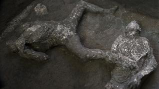Los cuerpos reconstruidos en las ruinas de Pompeya.