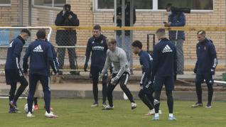 Foto del entrenamiento del Real Zaragoza en la Ciudad Deportiva