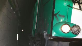 Fotos de la otra boca del túnel con el tren atrapado.