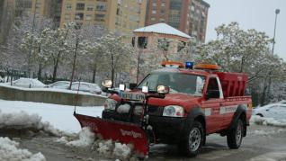 Huesca amanece nevada este domingo.