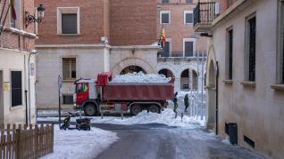 Restos de nieve en la ciudad de Teruel tras la borrasca Filomena.