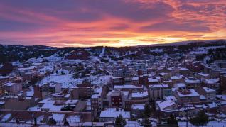 Paisajes nevados. Amanecer en Teruel cubierto de nieve