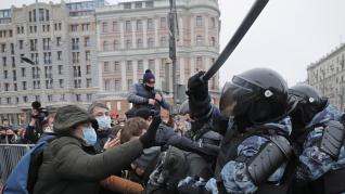 Protesta en Moscú contra el arresto de Navalni.