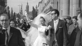 Boda de Carmen Sevilla y Augusto Algueró en el Pilar hace 60 años