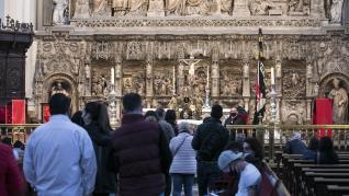 Veneración a la imagen del Cristo de la Cama en el Pilar