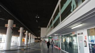 La estación Delicias funciona a medio gas por la caída de los viajeros.