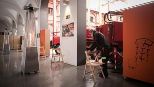 Preparativos para vacunar contra la covid en el Museo del Fuego