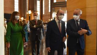 El presidente Lambán asiste a la conmemoración del 50º aniversario del Hospital Infantil y Traumatología del Servet.