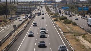 La A-2 a su paso por Zaragoza registra tráfico denso en el primer fin de semana completo sin estado de alarma