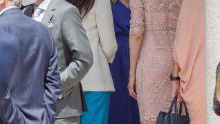 Princesa de Asturias recibe la confirmación acompañada de sus padres y hermana