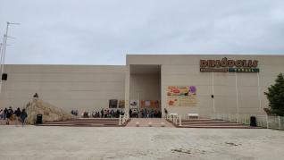Reapertura de Dinópolis.