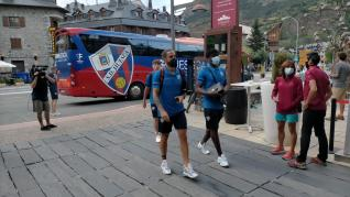 Llegada de la SD Huesca a Benasque