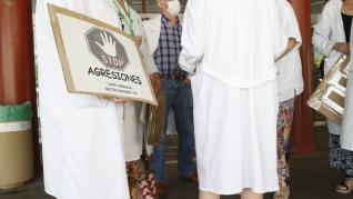 'Stop agresiones' a las puertas del Hospital Clínico