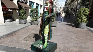 Escultura de Goya vandalizada en la calle Alfonso de Zaragoza