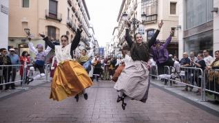 Así vivimos los últimos Pilares sin pandemia: jotas, ferias y mucha alegría en la Ofrenda