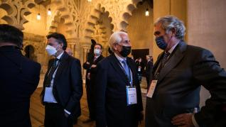 Recepción en las Cortes de Aragón de los representantes de la cumbre empresarial.