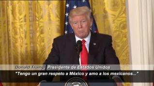 """Donald Trump: """"Amo a los mexicanos"""""""
