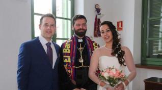 El concejal que casó a una pareja vestido de cura
