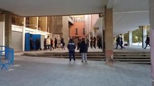 Cientos de personas acuden a ver el entrenamiento del Real Zaragoza