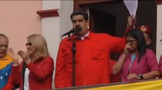 """Maduro rompe relaciones diplomáticas con EEUU: """"Basta de intervencionismo, carajo"""""""