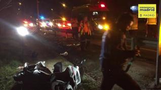 Dos jóvenes heridos en un accidente de moto en la M-500