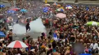 El carnaval de Brasil termina con una multitudinaria pelea