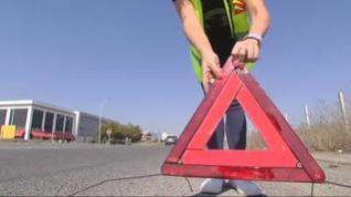 La DGT quiere que en 2020 los triángulos sean sustituidos por sirenas