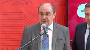 """Lambán califica de """"torpezas e incoherencias"""" las acciones con los lazos amarillos"""