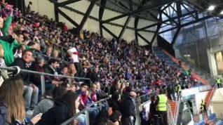 Los aficionados animan a la SD Huesca
