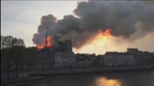 Declarado un incendio en la catedral de Notre Dame de París