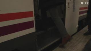 ¿Qué hacen veintitrés personas subiendo a un tren?