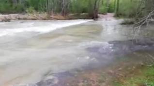 Los vecinos de los Tarrasones, en Olba, quinto día incomunicados por la riada