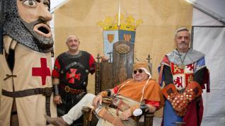 El rey Alfonso I el Batallador y los gobernadores cruzando por la plaza de España de Calatayud.